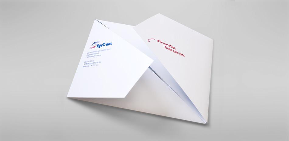 design_weihnachtskarte_falttechnik_01